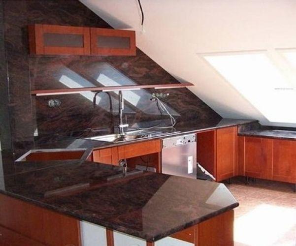 virtuvine granito sienele indian aurora prekesvid12095