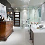 HCTAL211L Candice Olson Eclectic Luxury Bathroom.jpg.rend .hgtvcom.1280.960
